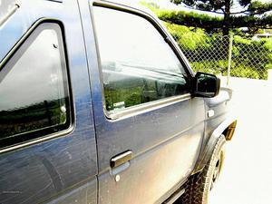 Nissan Terrano todo terreno Fevereiro/91 - à venda -