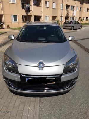 Renault Mégane SPORT TOURER III Maio/12 - à venda -
