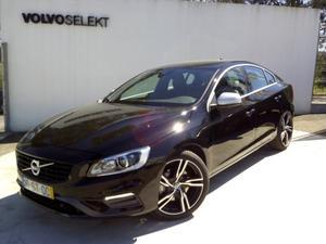 Volvo S60 D5 R-DESIGN MOMENTUM