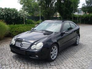 Mercedes-Benz C 180 Kompressor Outubro/02 - à venda -