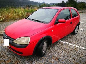 Opel Corsa 1.7 DI Outubro/02 - à venda - Comerciais / Van,