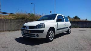 Renault Clio 1.5 dci van a.c. Junho/04 - à venda -
