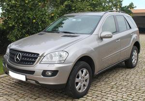 Mercedes-Benz ML 320 CDI Setembro/05 - à venda - Monovolume