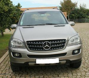 Mercedes-Benz ML 320 CDI Setembro/05 - à venda - Ligeiros