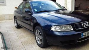 Audi A4 a4 tdi Outubro/95 - à venda - Ligeiros Passageiros,