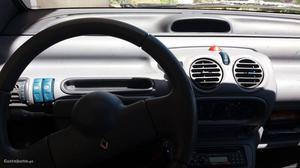 Renault Twingo twingo Fevereiro/95 - à venda - Ligeiros