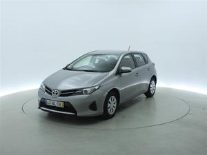 Toyota Auris 1.4 D-4D EXCLUSIVE (5P)