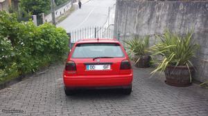 VW Golf 5 portas Outubro/96 - à venda - Ligeiros