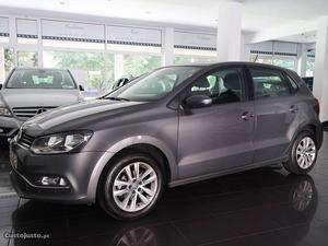 VW Polo 1.4 TDi Comfortline Junho/14 - à venda - Ligeiros