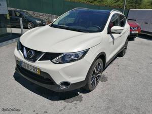 Nissan Qashqai N.CONNECTA CV Maio/16 - à venda -