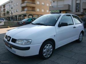 Seat Ibiza 1.9 Sdi Janeiro/02 - à venda - Ligeiros