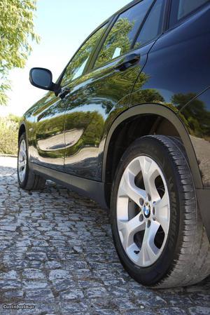 BMW 118 x1 Outubro/10 - à venda - Ligeiros Passageiros,