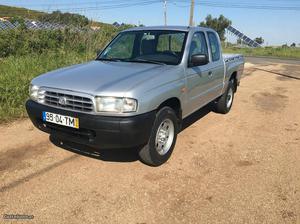 Mazda Serie-B  tdi Maio/02 - à venda - Pick-up/