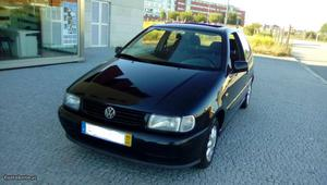 VW Polo 1.3cc teto de abrir Maio/95 - à venda - Ligeiros