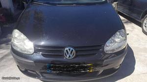 VW Golf Confortline Janeiro/05 - à venda - Ligeiros