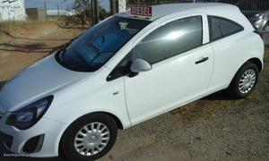 Opel Corsa black edition Maio/14 - à venda - Ligeiros