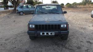Jeep Cherokee cherokee 2.1TD Julho/95 - à venda - Pick-up/
