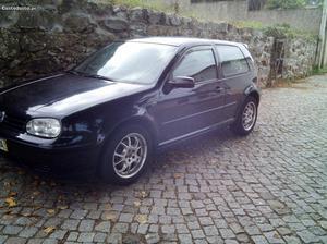 VW Golf iv Fevereiro/00 - à venda - Ligeiros Passageiros,