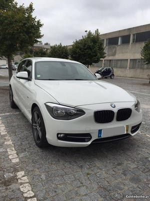 BMW 118 D Line Sport Setembro/11 - à venda - Ligeiros