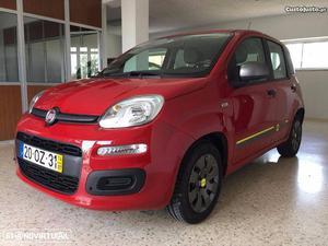Fiat Panda Young Agosto/14 - à venda - Ligeiros