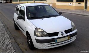 Renault Clio 1.5 dci Fevereiro/03 - à venda - Comerciais /