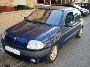 Renault Clio  DCI AC Junho/01 - à venda - Comerciais /