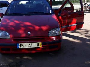 Renault Clio Renault clio Abril/97 - à venda - Ligeiros