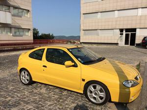 Renault Mégane Mégane Coupe Janeiro/00 - à venda -