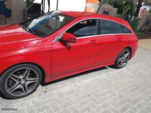 Mercedes-Benz CLA 220 Shooting Brake AMG Junho/15 - à venda