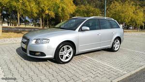 Audi A4 Avant 2.0 TDi S-Line Outubro/06 - à venda -