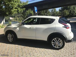 Nissan Juke N-Tec Connect Fevereiro/15 - à venda -