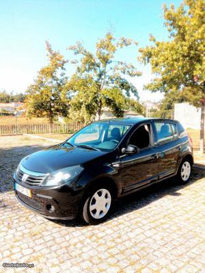 Dacia Sandero 1.4mpi GPL Julho/10 - à venda - Ligeiros