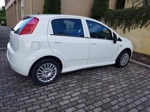 Fiat Grande Punto 1.3 jtd Fevereiro/10 - à venda - Ligeiros