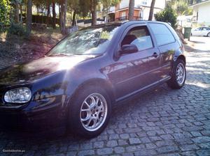 VW Golf iv 1.4 Fevereiro/00 - à venda - Ligeiros