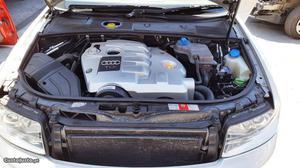 Audi A4 Exclusive Junho/02 - à venda - Ligeiros