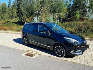 Renault Grand Scénic Bose Abril/15 - à venda - Monovolume