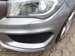 Mercedes-Benz CLA 200 Pack AMG Maio/13 - à venda - Ligeiros