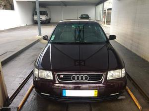Audi A3 Sport Agosto/97 - à venda - Ligeiros Passageiros,