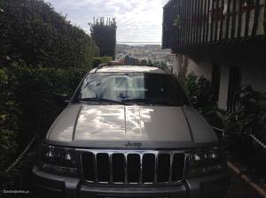 Jeep Grand Cherokee Laredo Janeiro/01 - à venda - Pick-up/