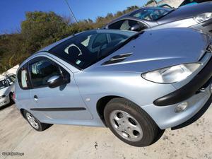 Peugeot  XT Fevereiro/01 - à venda - Ligeiros