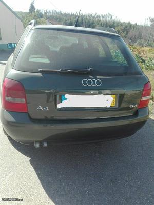 Audi A4 avant 1.9 TDI Dezembro/00 - à venda - Ligeiros