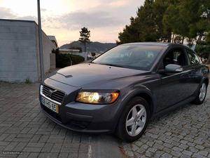 Volvo C30 Momentum Maio/09 - à venda - Ligeiros