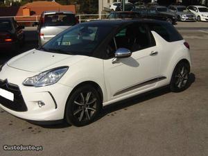 Citroën DS3 1.6 Hdi So Chic Março/12 - à venda - Ligeiros