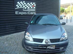 Renault Clio V Expression Abril/03 - à venda -