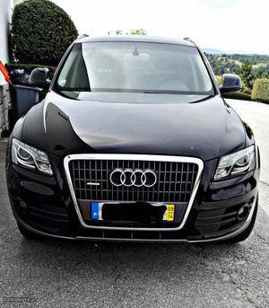 Audi Q5 Audi Q5 Abril/09 - à venda - Monovolume / SUV,