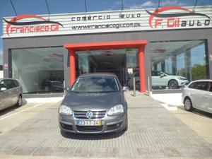Volkswagen Jetta 1.6 TDI CONFORTLINE (4P) *VENDIDO*