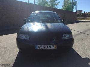 Audi A3 Tdi Sport Outubro/97 - à venda - Ligeiros