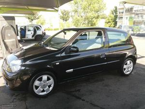 Renault Clio fase 2 Maio/02 - à venda - Comerciais / Van,