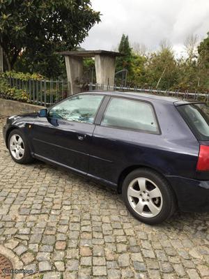 Audi A3 1,8 turbo Setembro/97 - à venda - Ligeiros