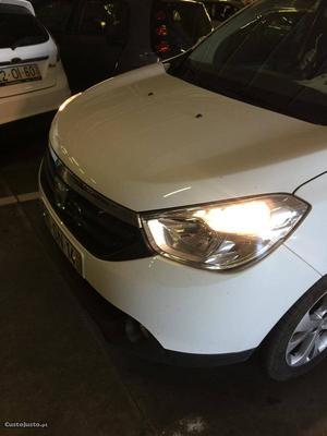 Dacia Lodgy 1.5 dci 109cv Fevereiro/17 - à venda -